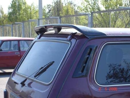 Heckspoiler / Dachspoiler  mit Bremslicht für Lada Niva 2121, 21213, 21214